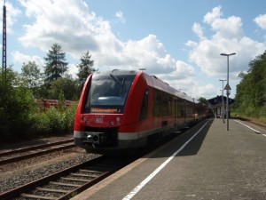 Die neuen VAREO-Züge enden regelmäßig in Dieringhausen